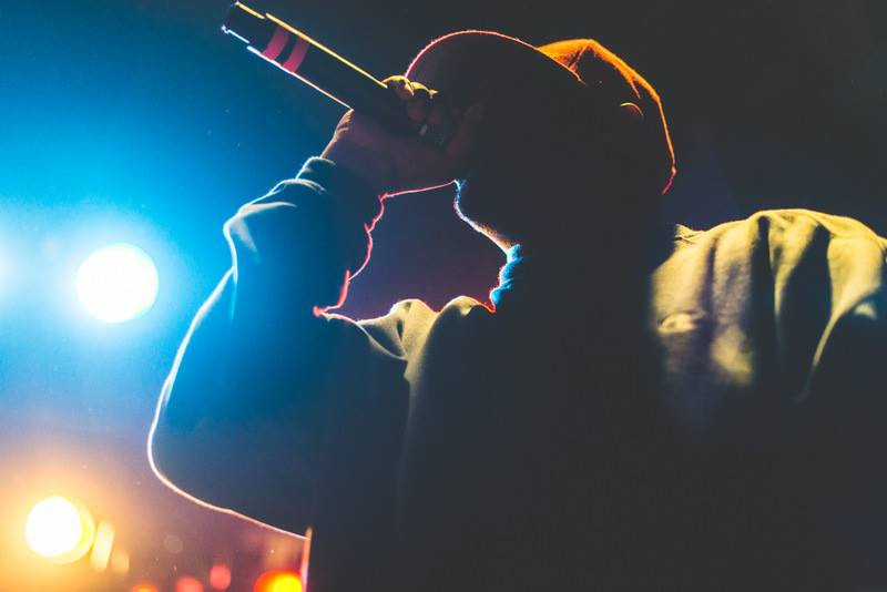 Rapper em sombra